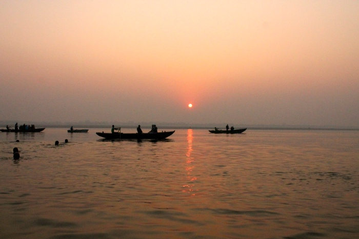 Witnessing the sun rise over the Ganges is considered a blessing.